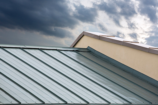 What Are The Best Roofing Materials For Your Arizona House?
